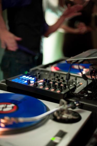 Astounding Sounds Dallas, Omni Dallas, Djs in Dallas, Matt and Juile Weddings