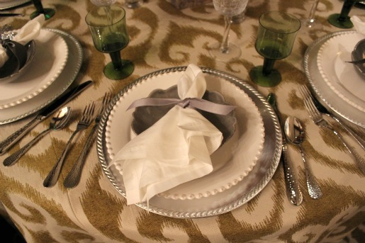 Kappa Tablescapes, Dallas Country Club, Posh Floral Designs, Kappa Kappa Gamma, Angie Strange, Ideas for centerpieces, Vintage Napkins, Cottage looking centerpiece, Yellow Roses, Coral Amaryllis, Vintage Urn, Horchow,