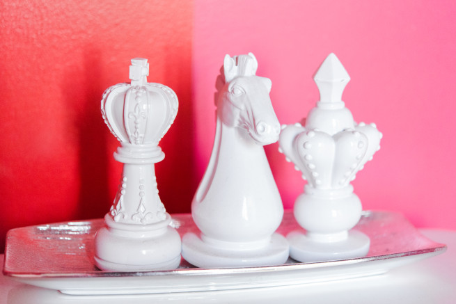 Chess Pieces | Silver Trays | How to update your powder room | Pink and Red Stripe walls | Posh Florals