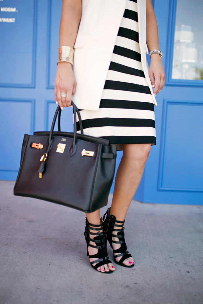 Striped Dress, Comfy Striped Dress, Black and White Striped Dress, Kendra Scott Harlow, Posh Floral Designs,