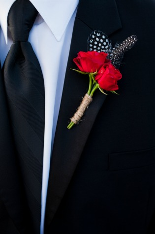 Red and Black Boutonnieres, Red and Black Wedding, Vintage wedding ideas, Country weddings, Rustic weddings, Feathers in Boutonnieres, Rustic Boutonniers, Angie Strange, Posh Floral Designs, Allison Davis Photography,