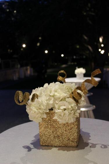 Gold Vases, Glitter Vases, nasher sculpture, events in Dallas, event halls in dallas , posh Floral designs, Christmas decor, Dallas wedding florist