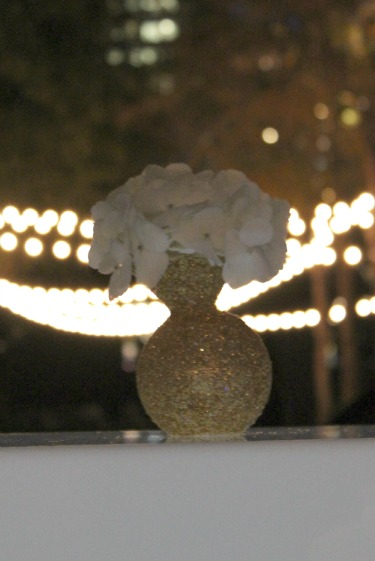 White and Gold flowers, nasher sculpture center, posh floral designs, gold vases, dallas wedding florist